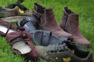 スエードの靴一覧の画像